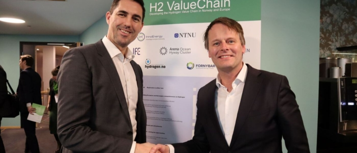 Greenstat and Hy2gen sign agreement