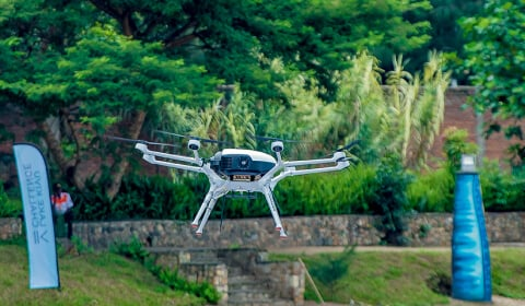 DMI demonstrates hydrogen fuel cell drone