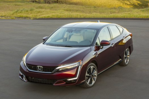 Honda Clarity Fuel Cell hits California