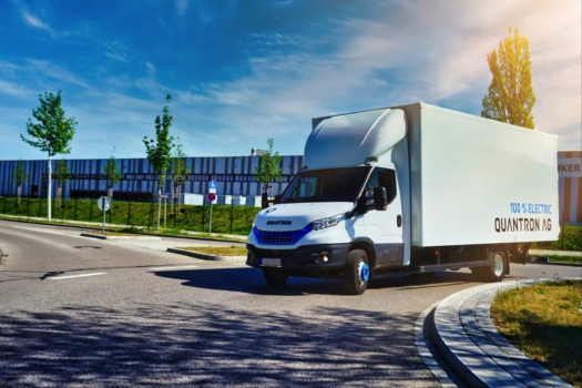Quantron implements hydrogen drive in the transporter market