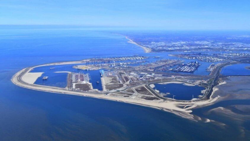 New hydrogen production facility planned for the Port of Rotterdam