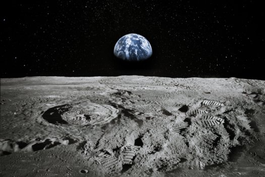 Moon's first hydrogen fuelling plant under development