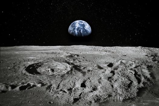 Moon's first hydrogen fuelling plant under development