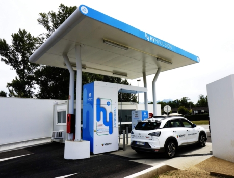 Atawey celebrates hydrogen refuelling milestone