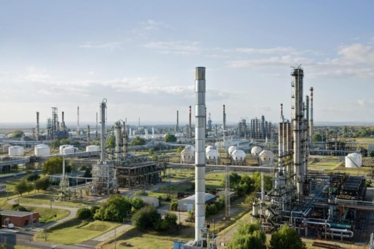 Frames hydrogen recovery system to support MOL refinery