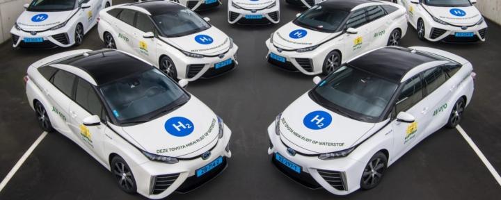 Hydrogen taxi fleet celebrates milestone
