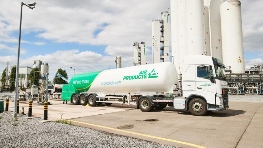 World-scale projects are required to reduce green hydrogen costs, says Air Products