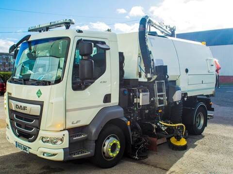 ULEMCo, JCB and Bucher develop hydrogen-powered road sweeper