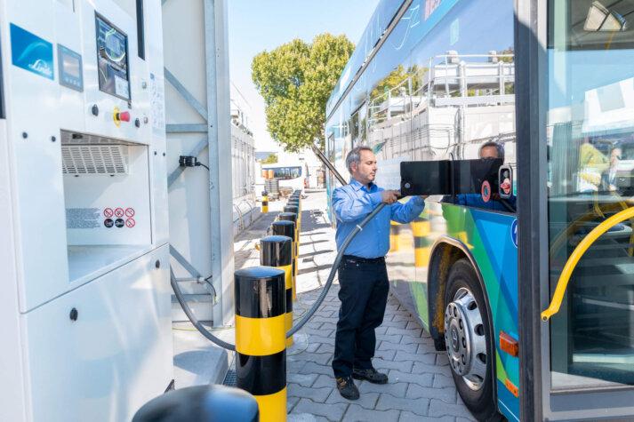 Linde and the Dalian Bingshan Group partner on hydrogen station developments