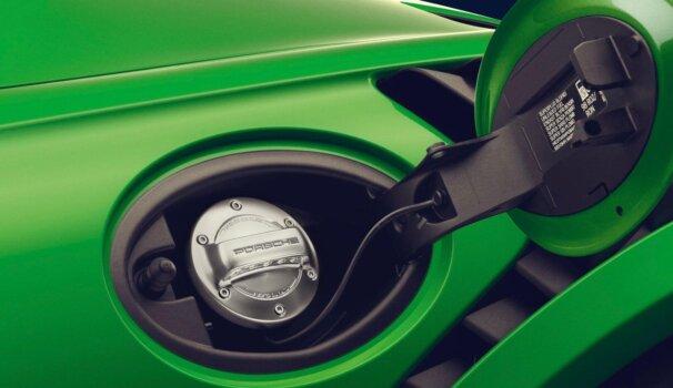 Porsche backs green hydrogen project in Chile