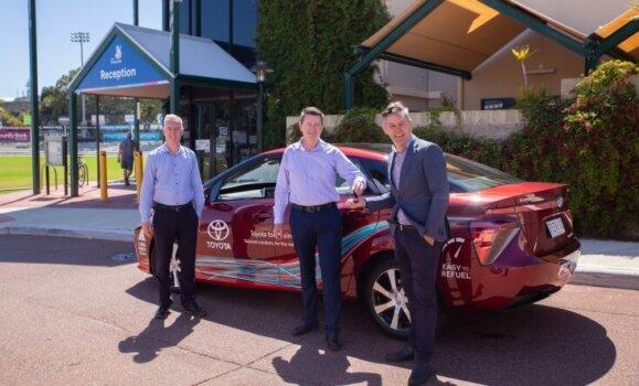 Fremantle trials hydrogen-powered car