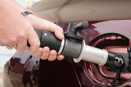 New innovative hydrogen refuelling equipment being developed by UK partners