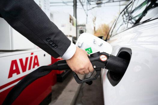 AVIA opens new hydrogen station in Switzerland