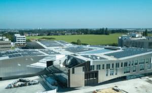 Plastic Omnium opens R&D centres