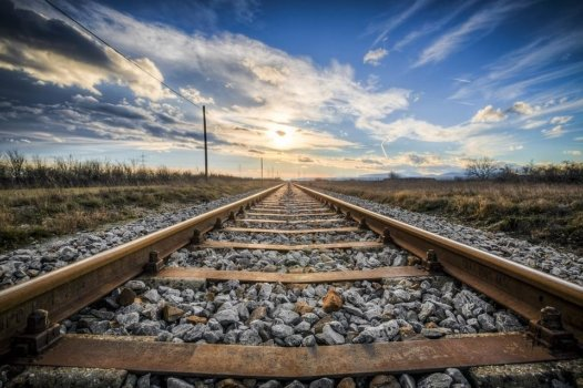 Vivarail and Arcola collaborating on fuel cell train
