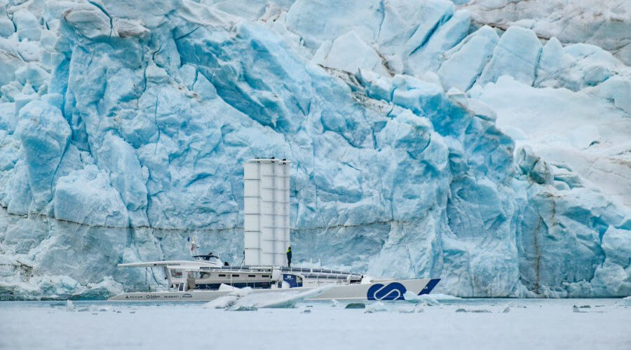 World first: Energy Observer arrives in Spitsbergen