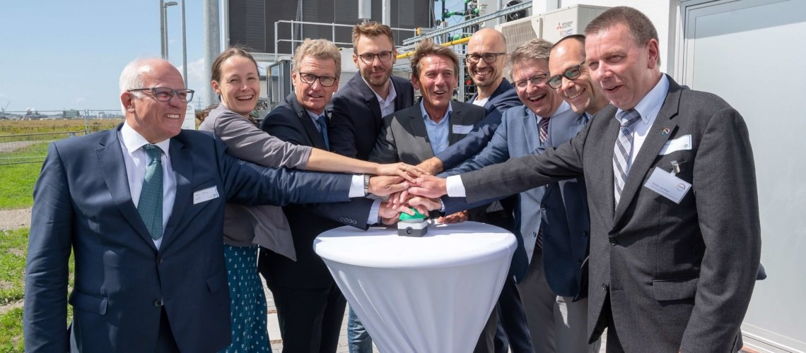 €4.5 Power-to-gas plant and hydrogen station opens in Brunsbüttel