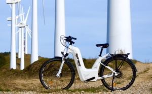 Hydrogen bike gets range boost