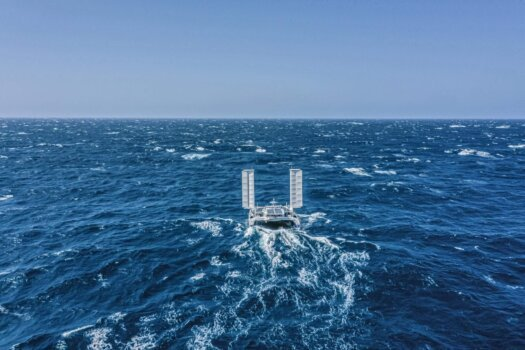 Energy Observer forges ahead with its round the world Odyssey