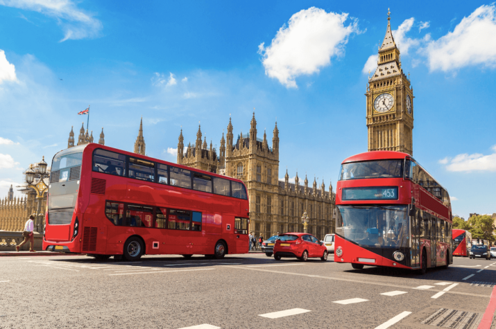 UK pledges to deliver 4,000 electric or hydrogen buses in £3bn 'bus revolution'