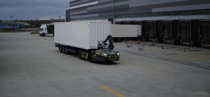 Hydrogen-powered autonomous tractor set to transform logistics