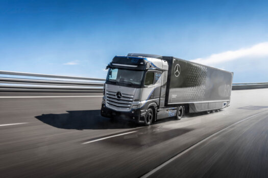 Mercedes-Benz GenH2 Truck under rigorous testing