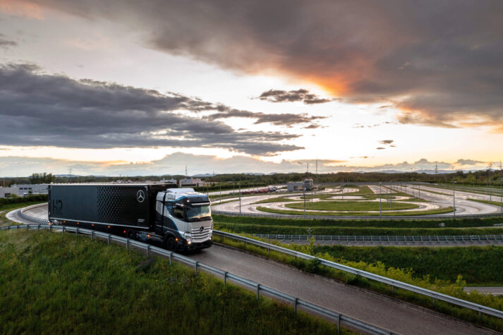 Daimler, Shell to accelerate hydrogen truck rollout with extensive refuelling network plans
