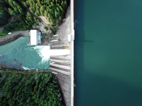 New report explores hydropower's potential in green hydrogen production