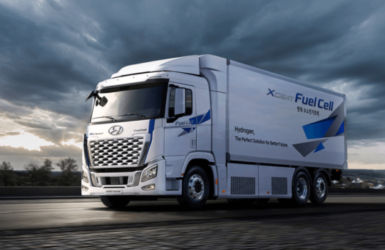 Hyundai Motor reveals enhanced hydrogen heavy-duty truck; plans in place for global rollout