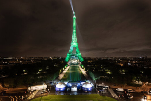 Eiffel Tower illuminated using hydrogen for the first time ever