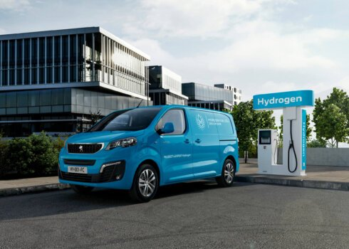 Peugeot reveals hydrogen-powered variant of its 2021 Van of the Year