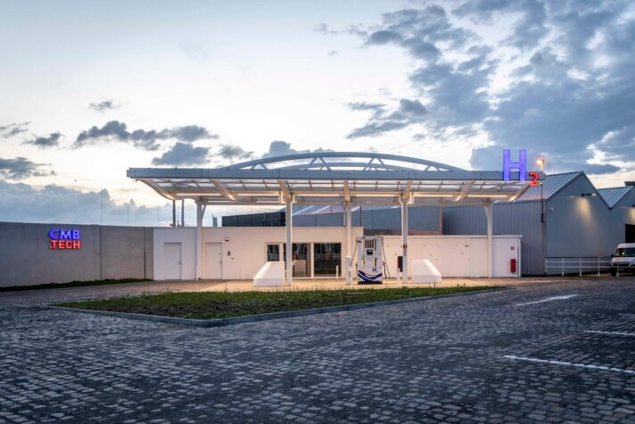 CMB.TECH opens Antwerp's first multimodal hydrogen station; launches new hydrogen truck