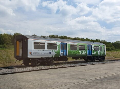 UK's first hydrogen-powered train to be showcased at COP26; Luxfer technology a key component