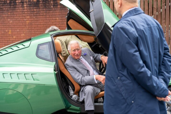 Prince of Wales behind the wheel of a hydrogen car