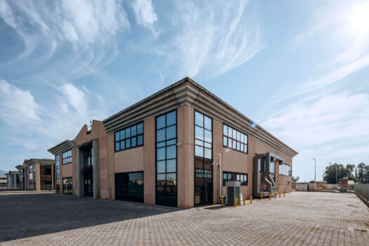 Enapter opens new facility for modular hydrogen electrolysers