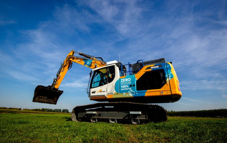 New 100% hydrogen-powered excavator set to be deployed by Mourik