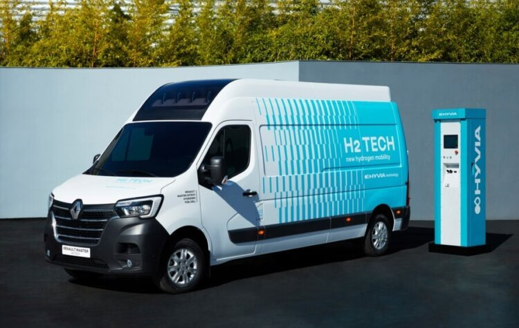 Hyvia unveils its new Renault hydrogen-powered van and fast refuelling station prototypes