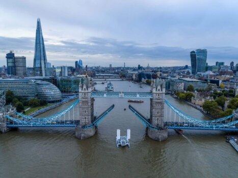 Energy Observer arrives in London