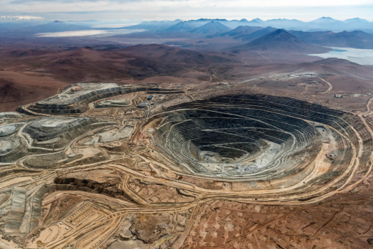 """Engie and Anglo American to develop """"world's largest"""" hydrogen-powered mining haul truck"""