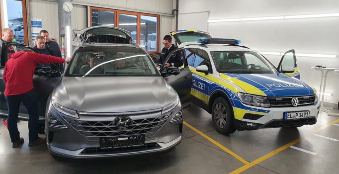 Osnabrück Police to trial hydrogen car