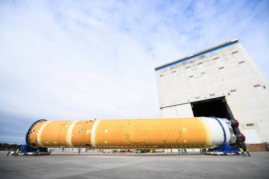 NASA prepares SLS rocket stage for move