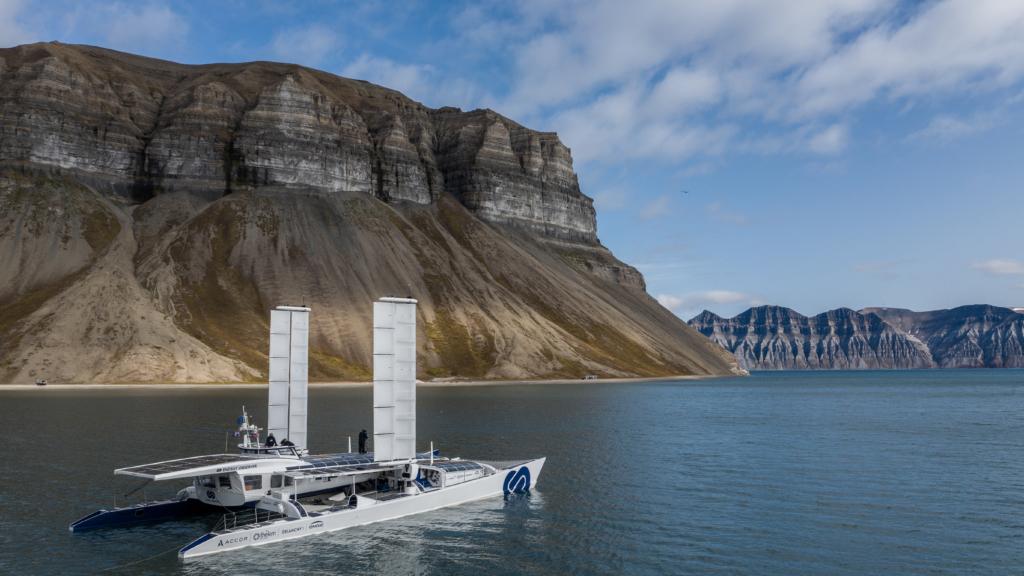 energy observer boat in svalbarg